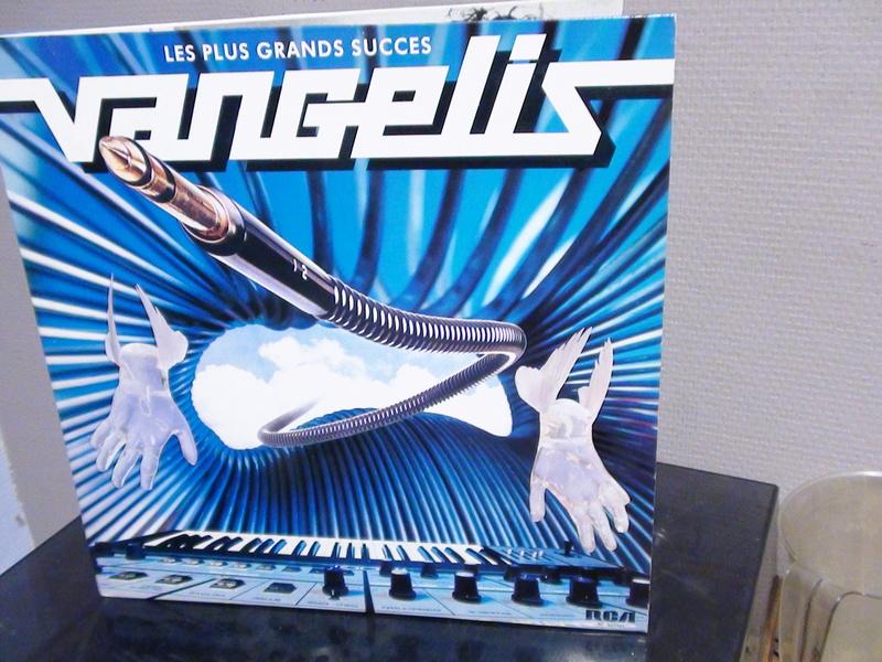 VANGELIS BEST OF Dsc00119