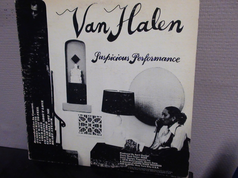 VAN HALEN SUSPICIOUS PERFORMANCE.. Dsc00144