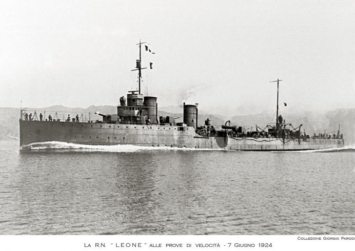 Ostende port militaire Leone10