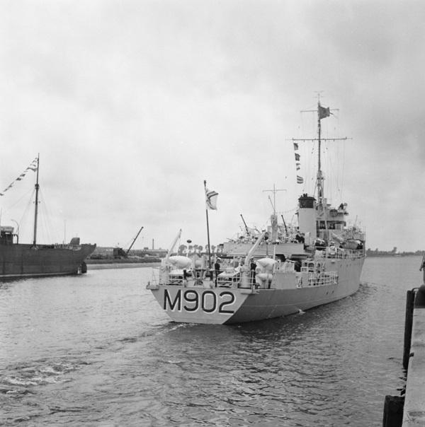 M902 J. E. Van Haverbeke (ex HMS Ready) - Page 4 M902_k10
