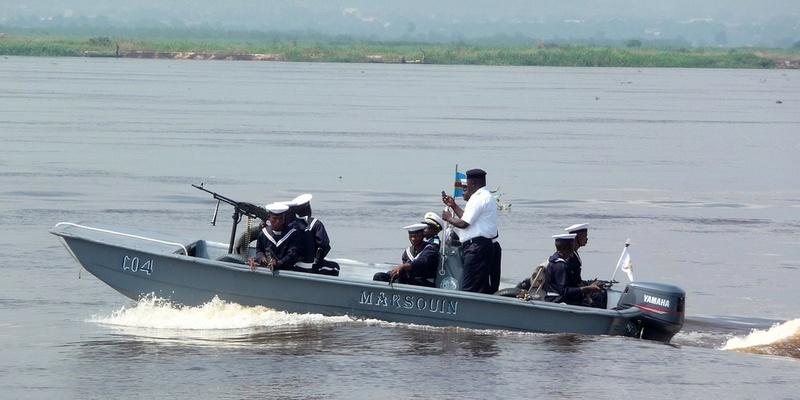 Marine du Congo - Page 2 Marsou10
