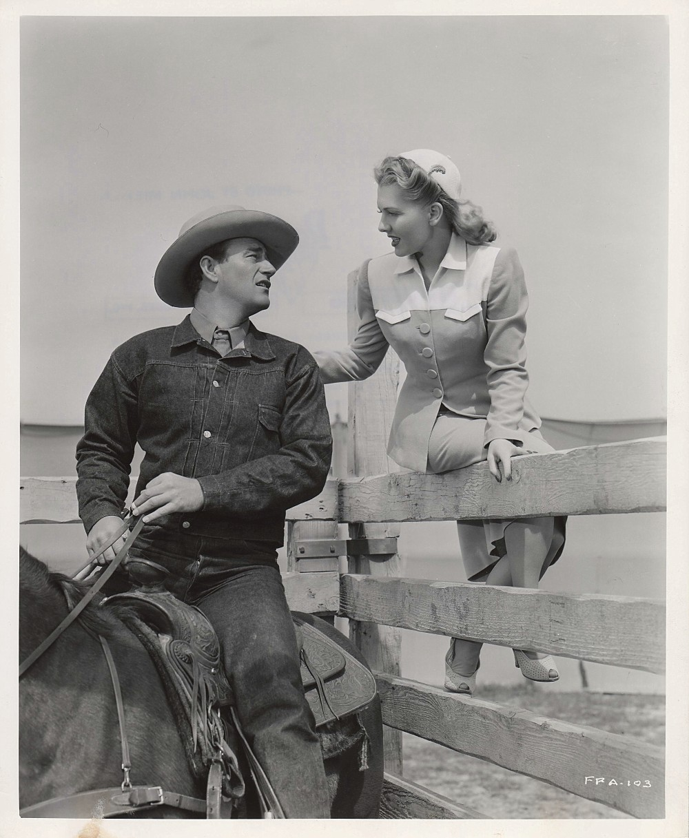 La Fille et son Cowboy - A Lady Takes A Chance - 1943 A_duke85