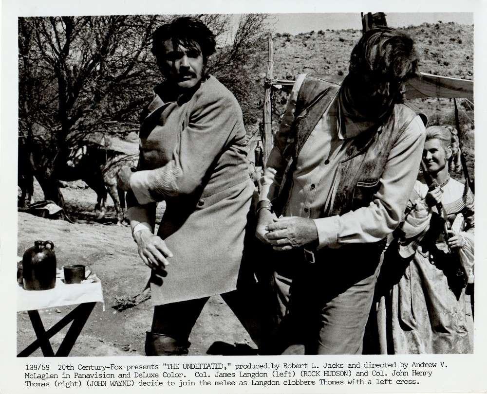 Les Géants de l'Ouest - The Undefeated - 1969 Duke_106