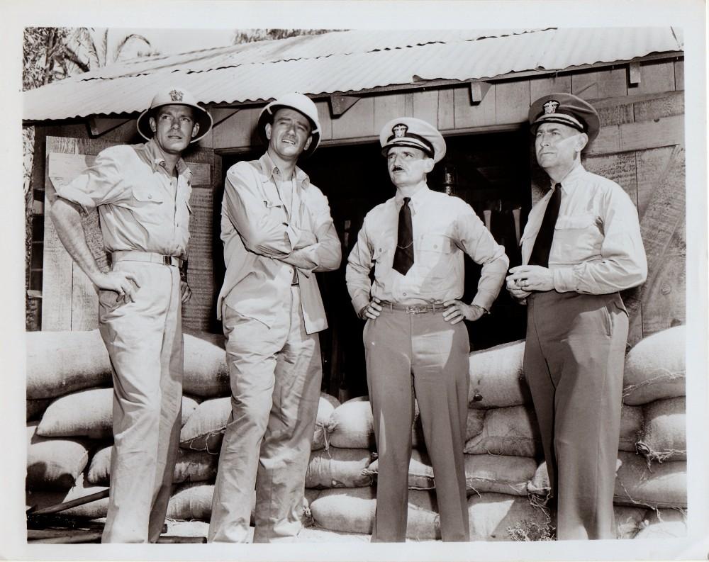 Alerte aux Marines - The Fighting Seabees - 1944 Duke_218
