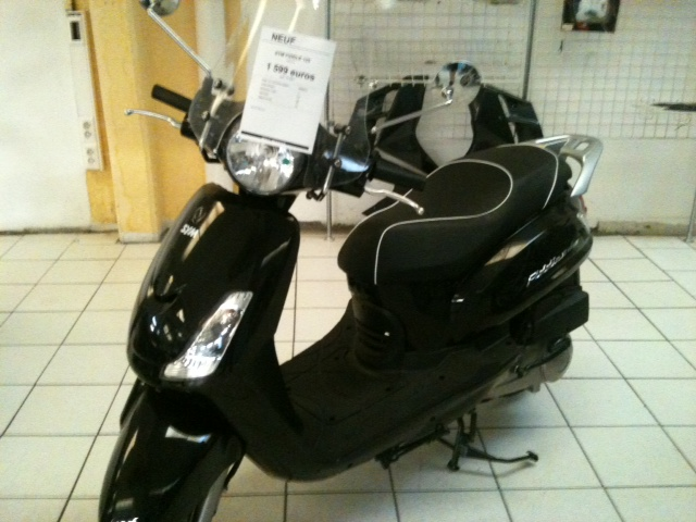 SCOOTER NEUF 125cm3 Scoot210