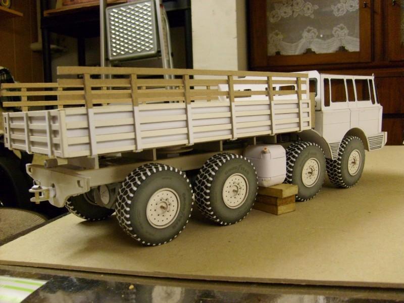 LKW TATRA 813 KOLOS M 1:20 gebaut von klebegold - Seite 2 117k10