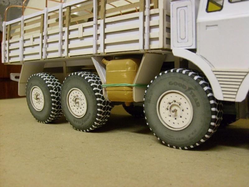 LKW TATRA 813 KOLOS M 1:20 gebaut von klebegold - Seite 2 137k12