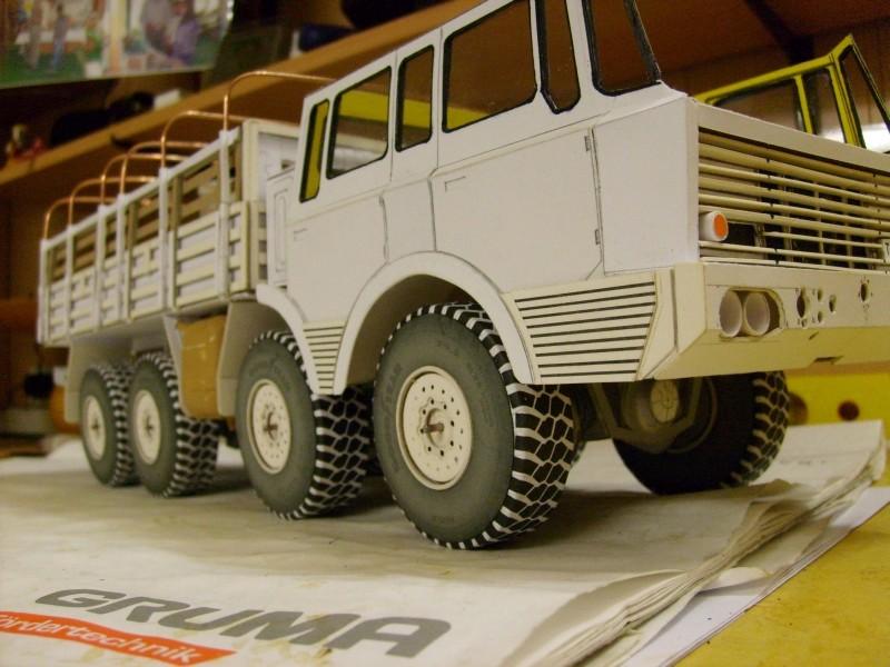 LKW TATRA 813 KOLOS M 1:20 gebaut von klebegold - Seite 2 145k10