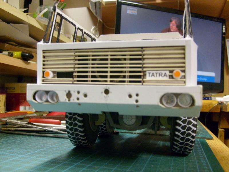 LKW TATRA 813 KOLOS M 1:20 gebaut von klebegold 90k10