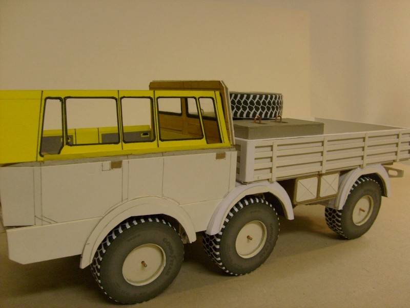 LKW TATRA 813 6x6 M1:20 Eigenbau gebaut von klebegold 98k12