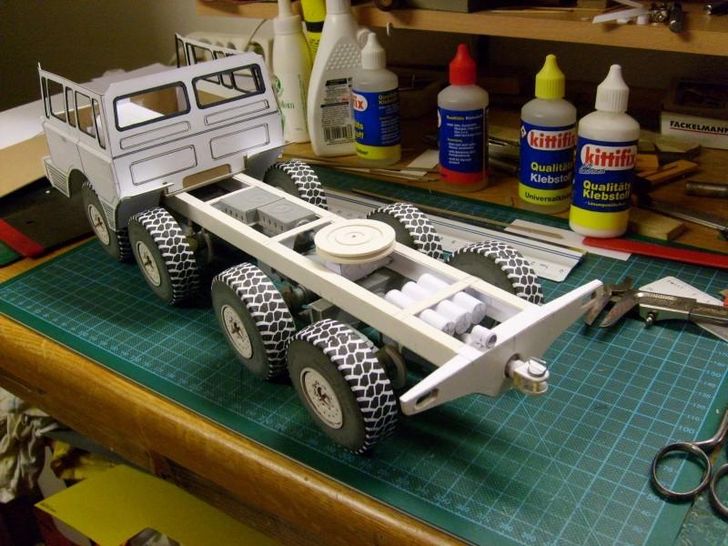 LKW TATRA 813 KOLOS M 1:20 gebaut von klebegold - Seite 2 99k10