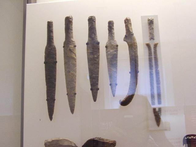 Danish flint swords 07190310