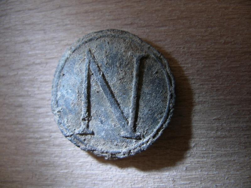 """Plomb avec la lettre """"N"""" Imgp2150"""