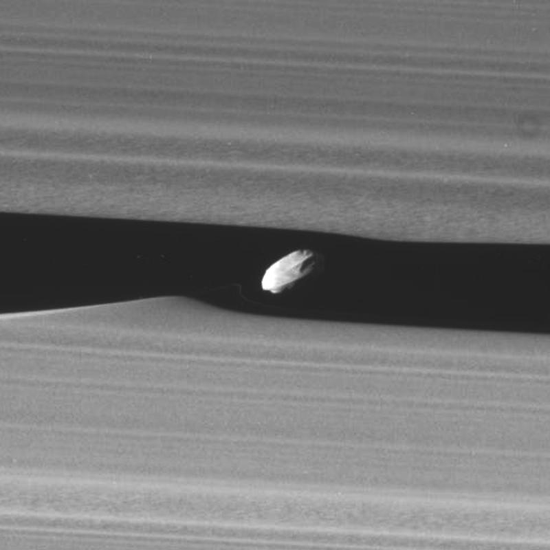 """Mission Cassini, phase """"Ring-Grazing Orbits"""" (30.11.2016 - 15.9.2017) N0027413"""