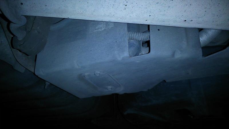[rech] Triple Tube acier air/eau Webasto 2.8 CRD Stow&go. Dsc_0012
