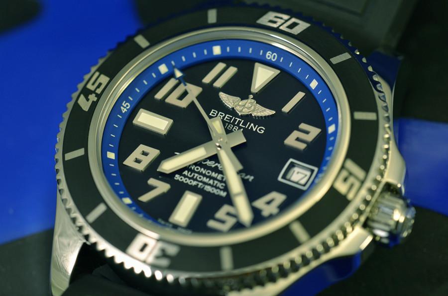 Aimez vous les bleues???!!!  - Page 2 Cadran10