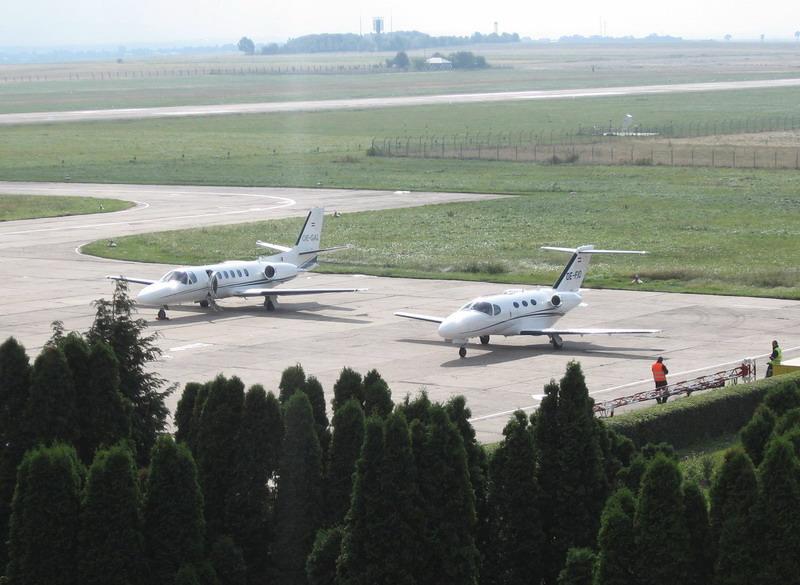 Aeroportul Suceava (Stefan cel Mare) - 2008 - Pagina 5 Img_8612