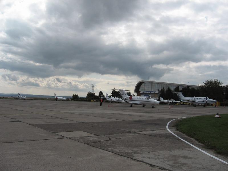 Aeroportul Suceava (Stefan cel Mare) - 2008 - Pagina 5 Img_8615