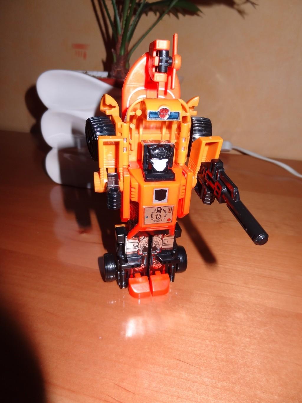 L'alliance Gobots/Transformers débarquent dans le 71 ! - Page 4 Dsc01820