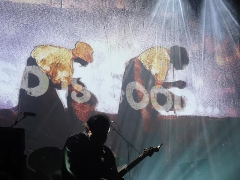 Reviews concerts autres groupes - Page 12 Dsc04431