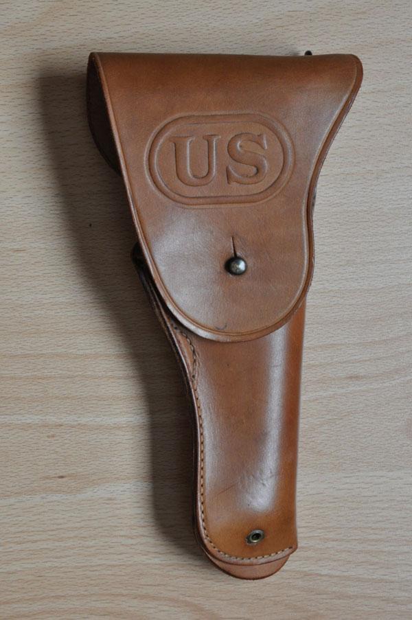 Les holsters pour 1911 et 1911A1 Holste22