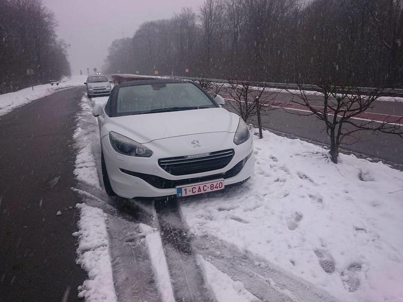 Rcz dans la neige 16114010