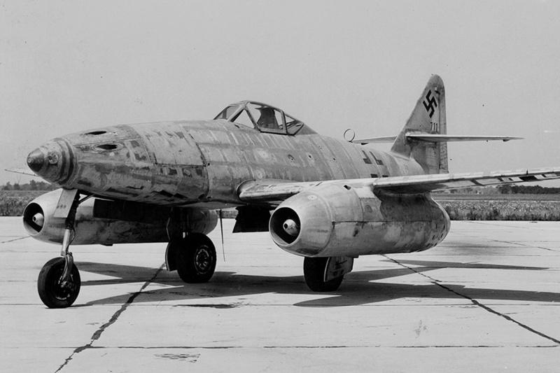 Para quem gosta de aviões Me-26210