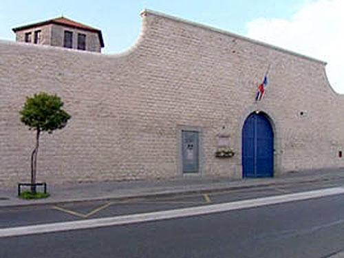 Prisons de France - Page 2 12462711