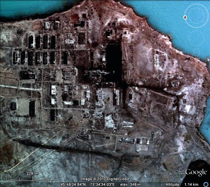 Complexe militaire abandonné au Kazakhstan - L'enquète commence...  :) 1310