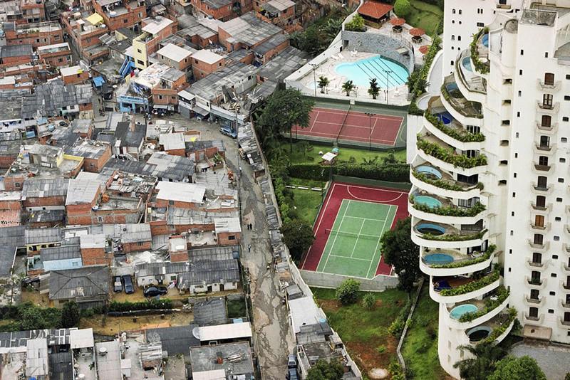 Immersion dans une favela : Paraisopolis (Sao Paulo, Brésil) Parais12