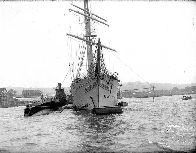 Navires Belge avec équipage Anglais Hms_me10