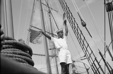 Navires Belge avec équipage Anglais Hms_me15
