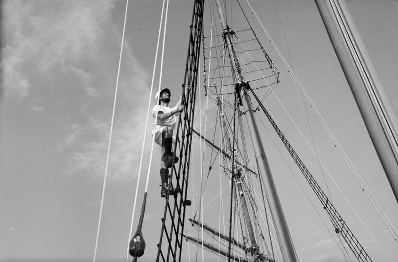 Navires Belge avec équipage Anglais Hms_me17
