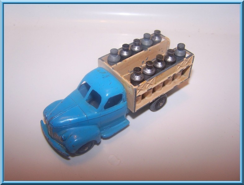 "25 O studebaker laitier ""NESTLE"" 100_5111"