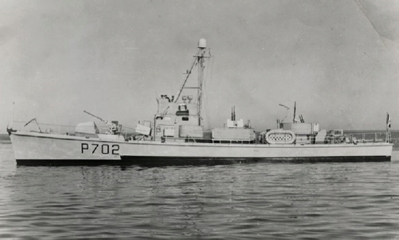 * CHASSEUR CH 094 (1944/1959) * P_702111
