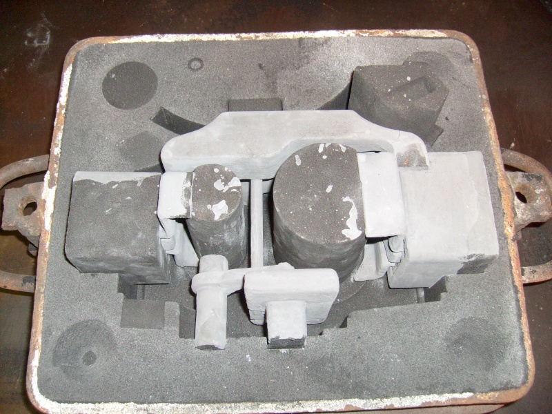 Cylinder Block Pattern & Cores S7300013