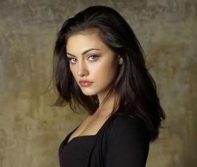 Phoebe Tonkin (Hayley) Phoebe10