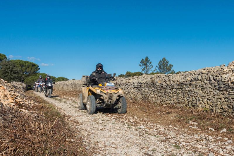 Sortie facile pour débutants le 6 novembre dans le Gard - Page 5 Dsc_0023