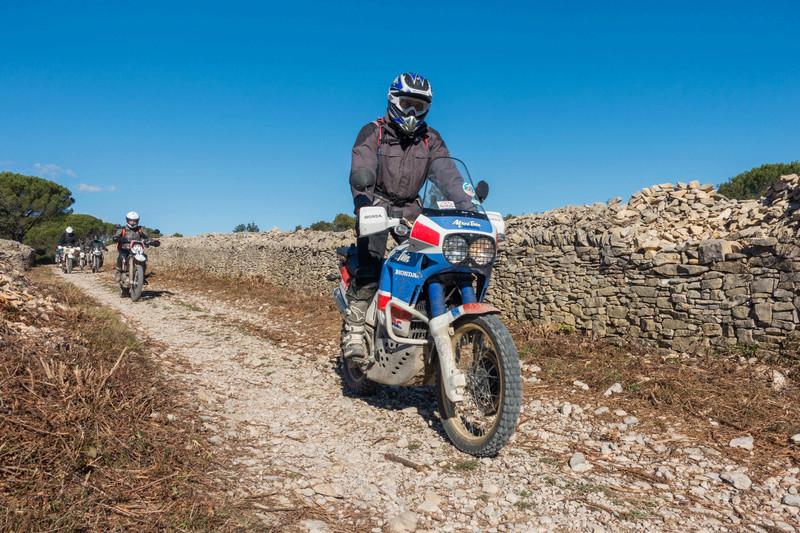 Sortie facile pour débutants le 6 novembre dans le Gard - Page 5 Dsc_0025