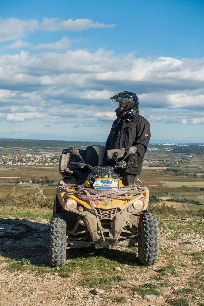 Sortie facile pour débutants le 6 novembre dans le Gard - Page 5 Dsc_0073