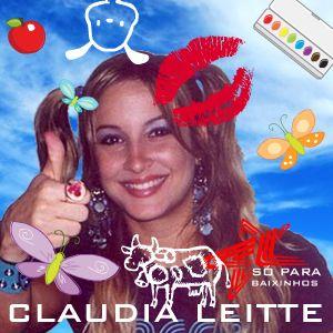Fãs perseguem Claudia Leitte pelo shopping Clspb10
