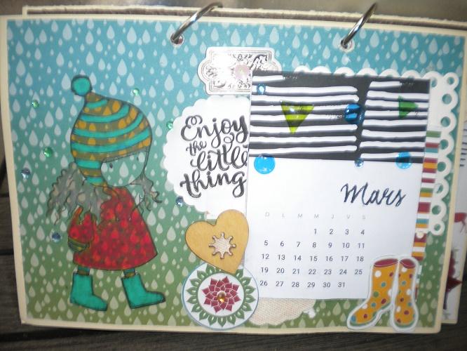 un calendrier..... pour 2017  Dscn7711