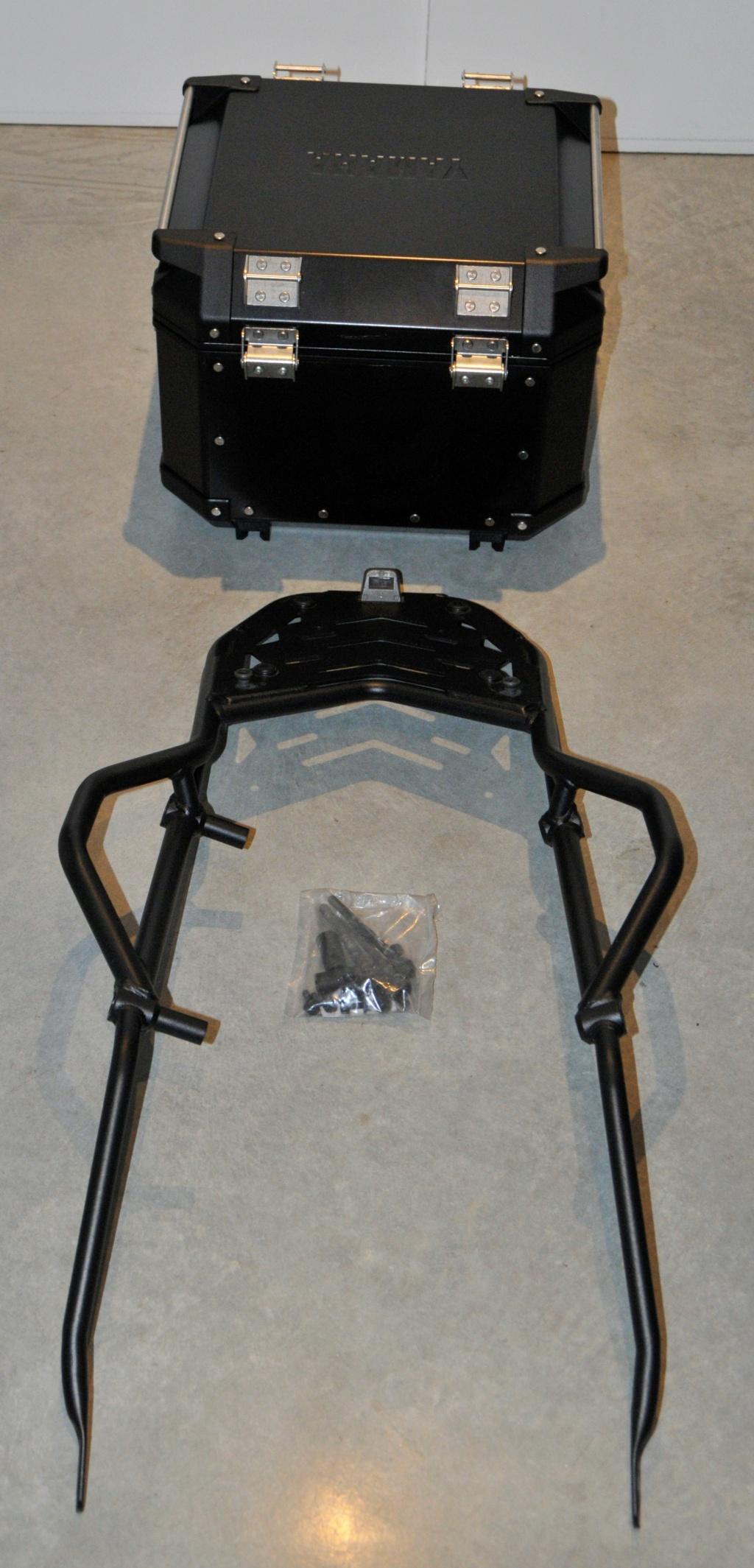 [VENDU] Porte-bagages et top-case Yamaha pour T7  _dsc8930