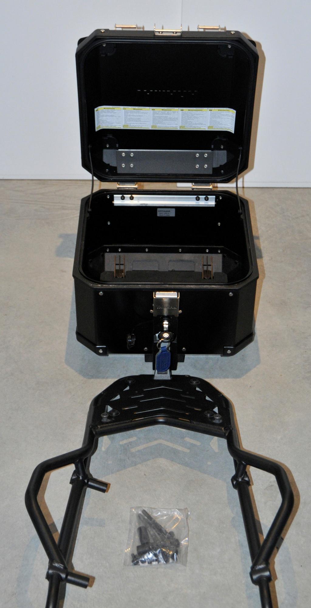 [VENDU] Porte-bagages et top-case Yamaha pour T7  _dsc8931