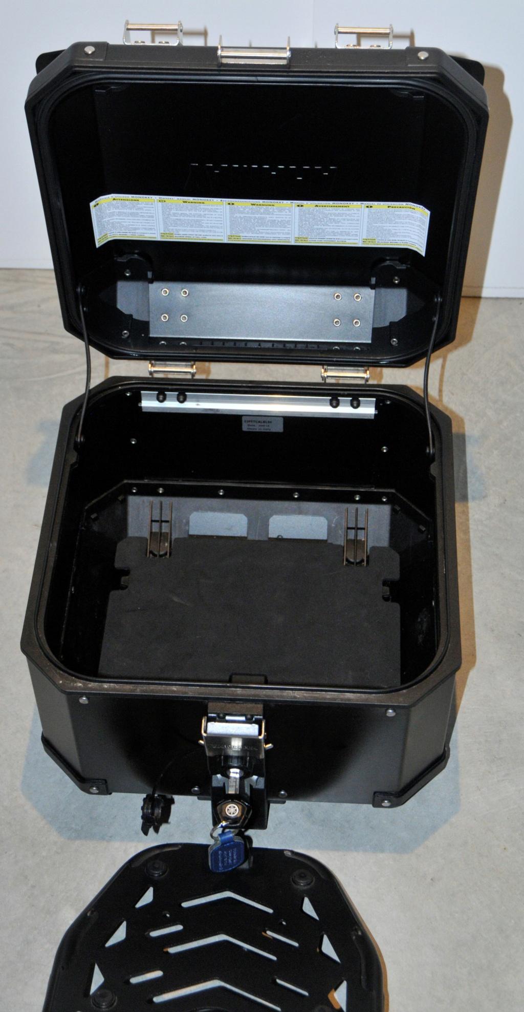 [VENDU] Porte-bagages et top-case Yamaha pour T7  _dsc8932