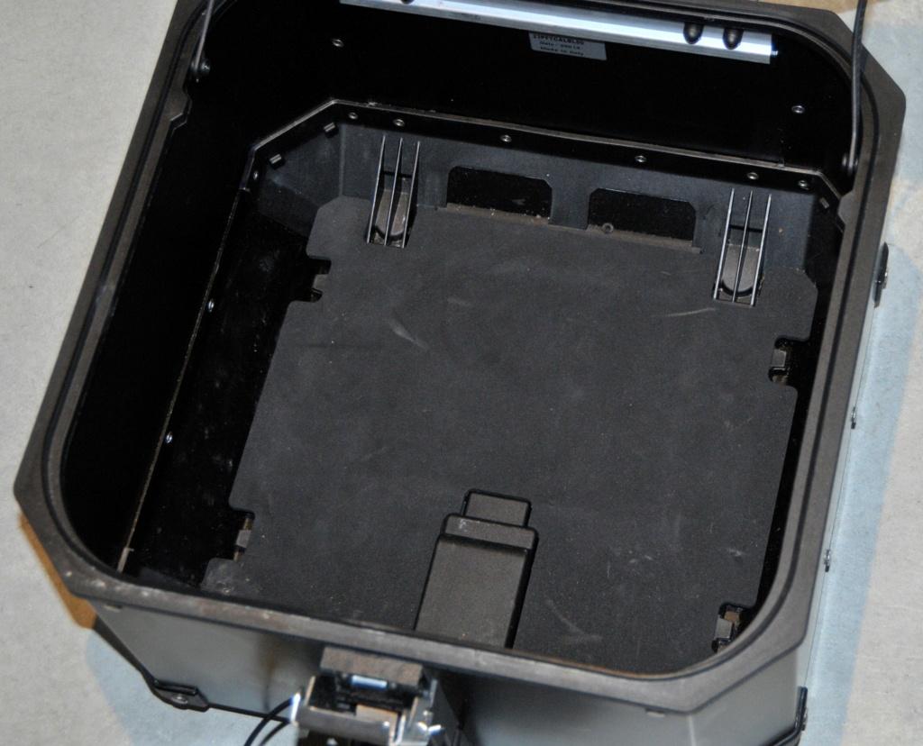 [VENDU] Porte-bagages et top-case Yamaha pour T7  _dsc8933