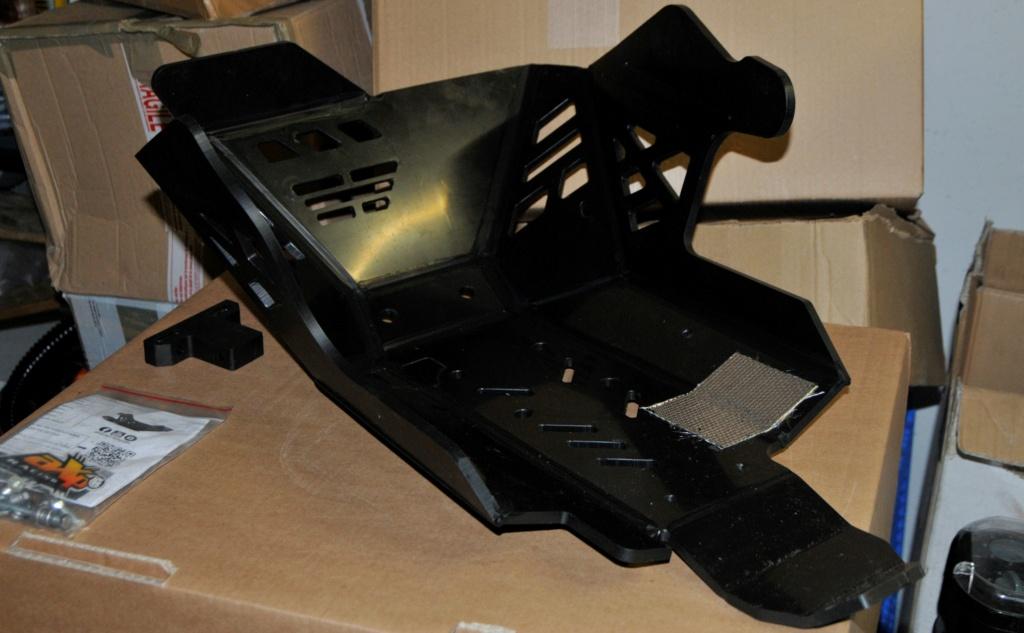 [VENDU] Sabot moteur AXP Racing pour Yamaha T700 _dsc9011