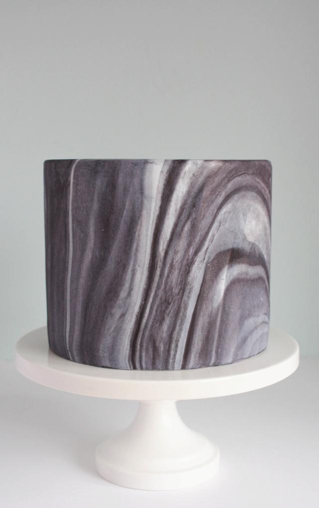 Cake designs - Page 2 4dc9da10