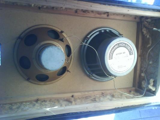 Restauro de um Amplicador farfisa Dsc01211