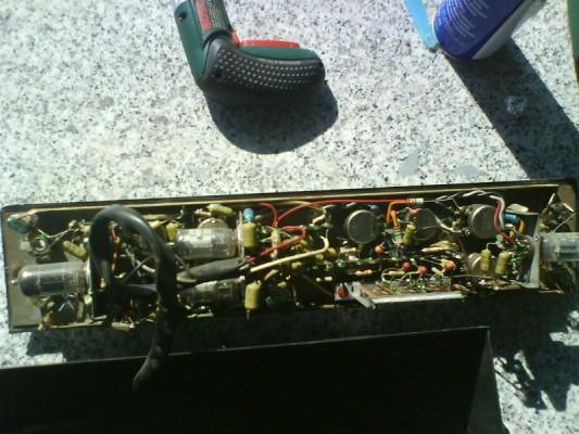 Restauro de um Amplicador farfisa Dsc01216